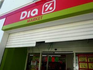 Robo en el supermercado DAMLAUR