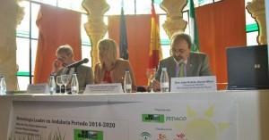 Fernando Ciria, Isabel Cabezas y José Andrés García en la inauguración de las jornadas. - Foto:EVA M. HERAS