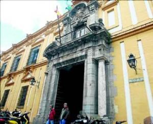 El curso tendrá lugar en la Facultad de Filosofía y Letras. - Foto:SANCHEZ MORENO