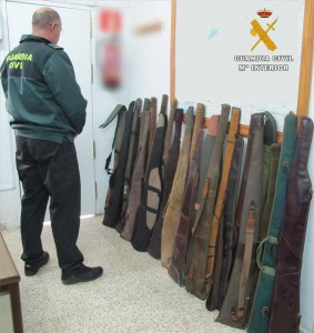 Armas intervenidas- - GUARDIA CIVIL