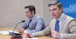 Julio Criado y Andrés Lorite, ayer en la rueda de prensa. - Foto:CORDOBA