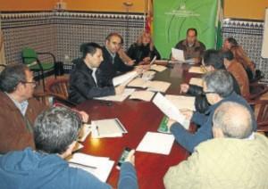 Reunión entre el delegado y los responsables municipales. - CÓRDOBA