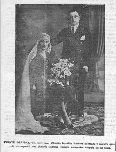 FUENTE OBEJUNA.- La bellísima señoria Isabelita Romero Santiago y nuestro corresponsal don Andrés Cabezas Cubero, momenos después de su boda.