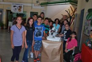 Grupo de alumnos y profesores participantes en la iniciativa. - E.M.H