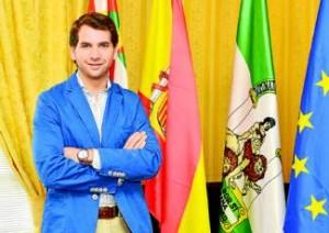 El alcalde, Fernando Priego, en su despacho del Ayuntamiento. ROMERO -