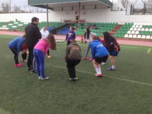 Clinic de fútbol para los monitores y el equipo femenino