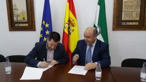 Firma de convenio de colaboración entre Cajasur y el G.D.R