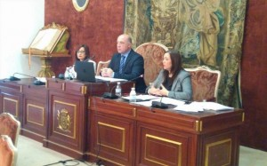Antonio Ruiz preside el Pleno. - Foto: EUROPA PRESS