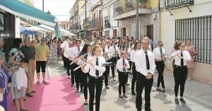 Desfile de la Banda Sinfónica de Adamuz en las jornadas musicales de Fuente Palmera. - M.A.R.