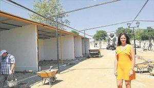 La alcaldesa, Silvia Mellado, en las obras de mejora del recinto. - E.M.H.