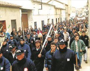 Mineros protagonistas de la histórica 'marcha negra' en febrero del 99 que viajó a Madrid para exigir ayudas. - CÓRDOBA