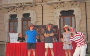 Participantes en la inauguración de la primera edición del festival, en el Palacete Modernista de Fuente Obejuna. - EVA M. HERAS
